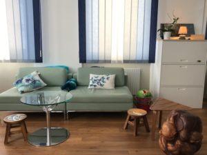 pedopsychiatre-psychotherapeute-prise-charge-neonatal-perinatale-nourisson-suisse-yverdon